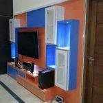 Rak TV Modern - Lemari TV Ruang Keluarga