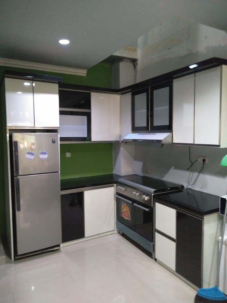 Jasa kitchen set cikarang kitchen set sumber rejeki